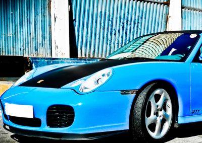 Porsche-911-turbo-azul